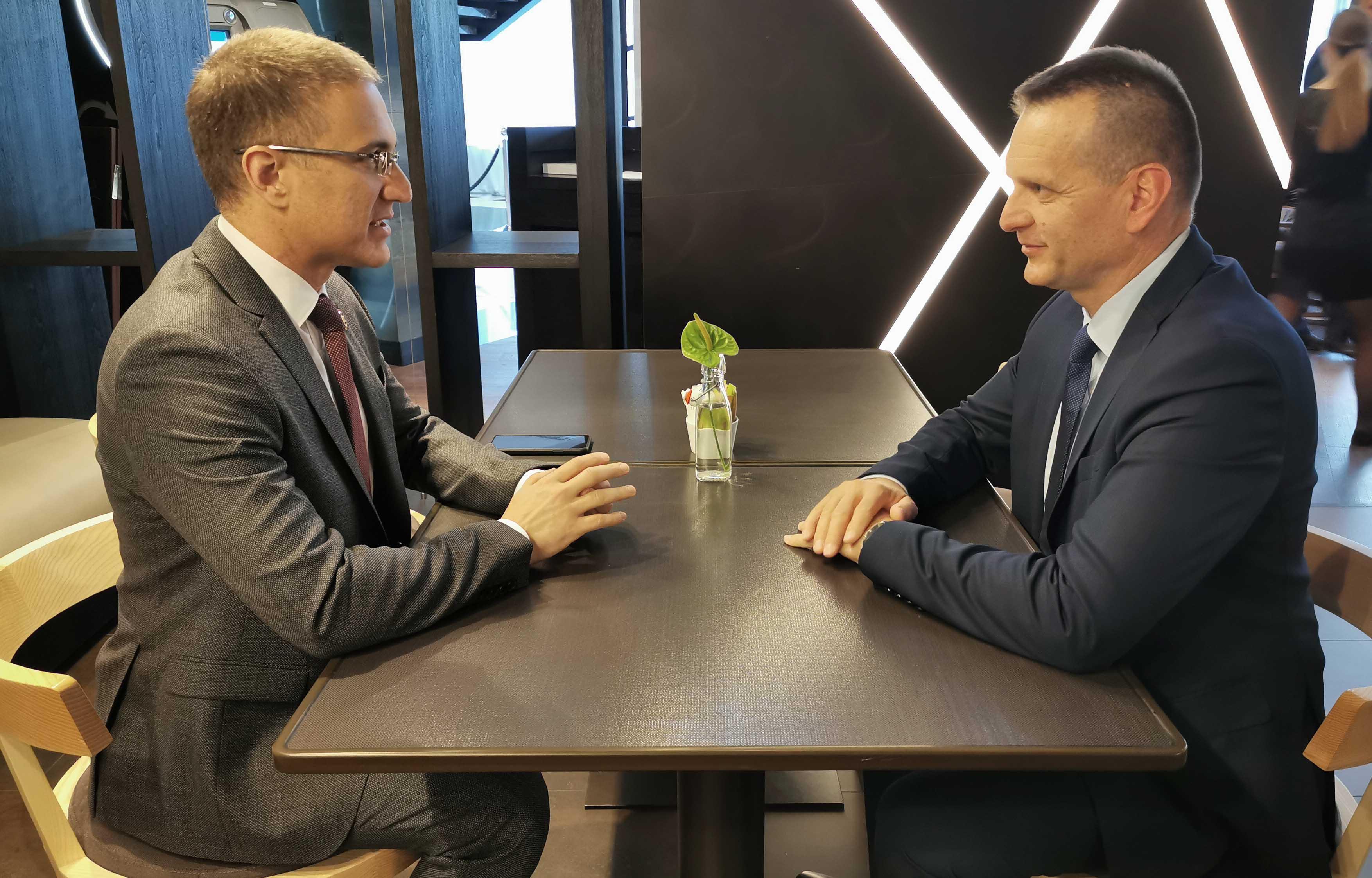 Lukač: Sa Stefanovićem o regionalnoj bezbjednosti i zaštiti policajaca